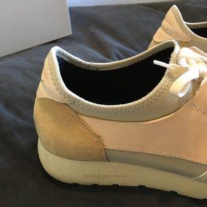 Balenciaga Shoes - BALENCIAGA beige cream runner low top sneakers